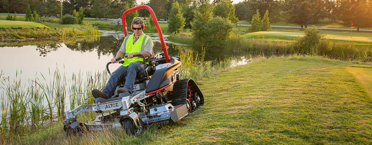 Zero Turn Riding Track Mower